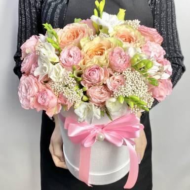 Цветы в коробке R16